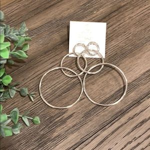 Hoop earrings NWT